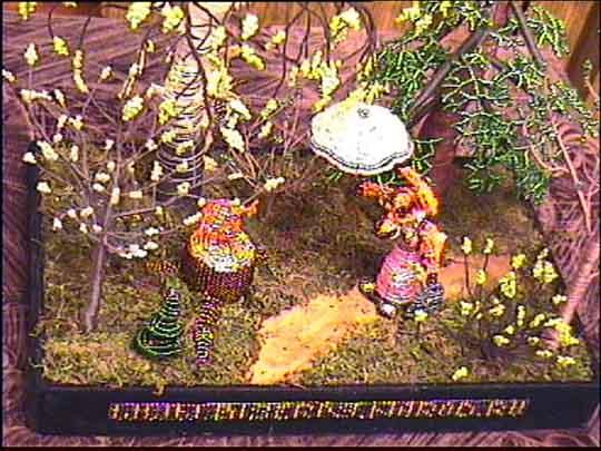 """Biser P.S. Бисерные работы.   """"Колобок """".  Последовательность и секреты изготовления.   """"Приклеиваем мох """" ."""