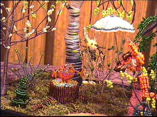 """Biser P.S. Бисерные работы.  Панорама из сказки  """"Колобок """".   """"Вид с боку """" ."""